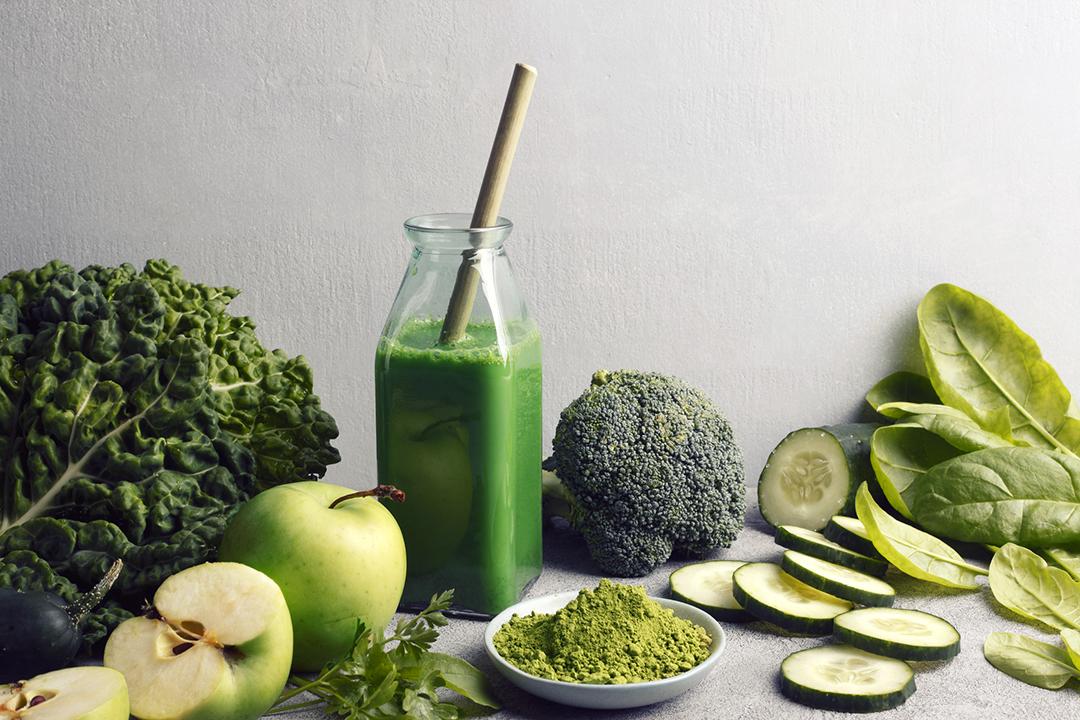 Batido de Verdes Absolutos con Frutas y Verduras Verdes